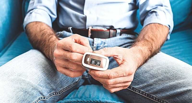 how to measure oxygen saturation levels at home