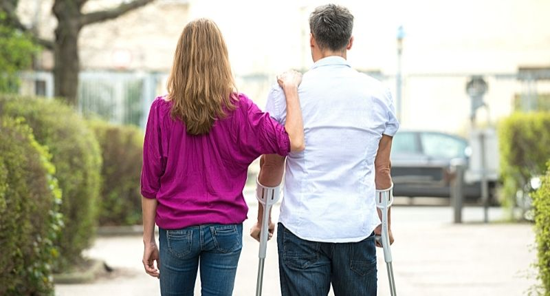 how to use crutches for best mobility