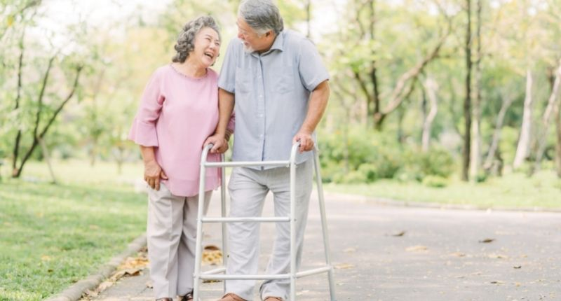 walkers and rollatores as mobility aid in old age